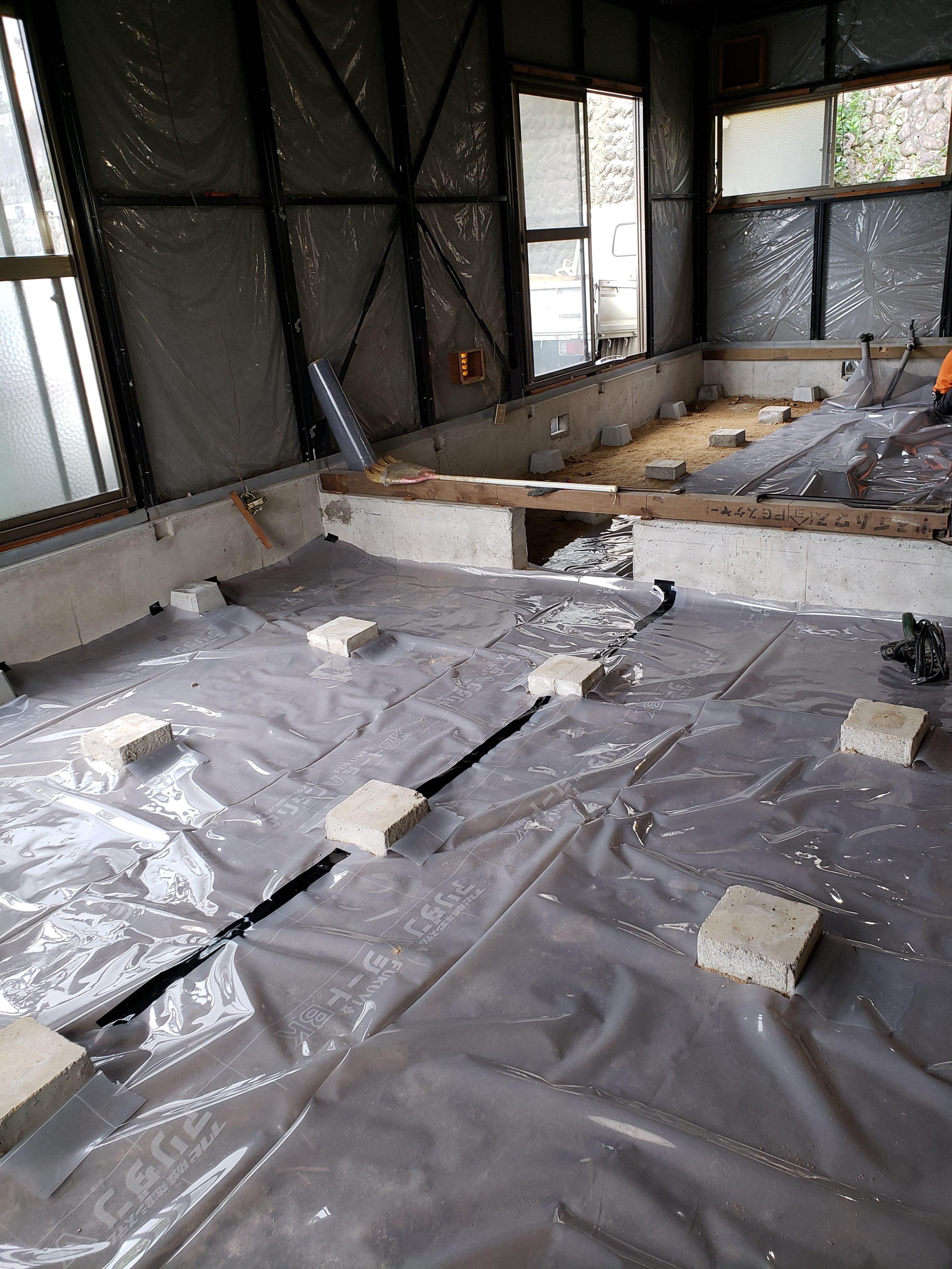 床下:防蟻防湿アリダンシート全面敷き込み