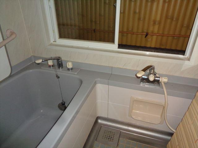 2.浴室内(Before)1216タイプ
